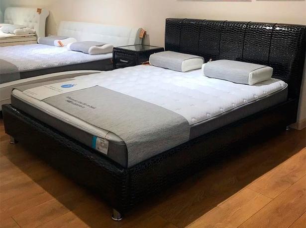 Кровать Nuvola 7 фото в коже черный кайман